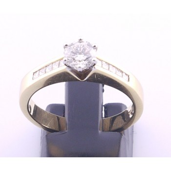 18ct Diamond Engagement Ring