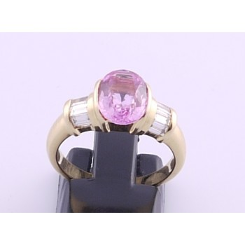 18CT Pink Saphire Ring SOLD