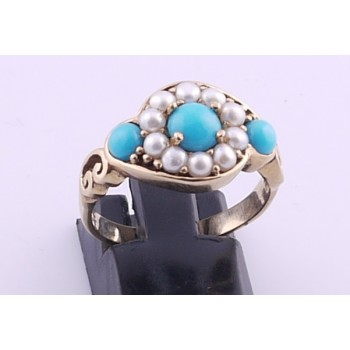 9ct Torquoise and seed pearl ring