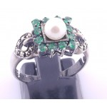 Silver Emerald and Pearl Ring