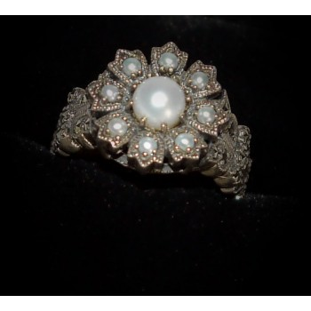 Silver and Pearl Filagree ring